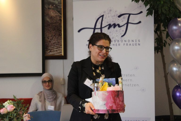 AmF-Preis für engagierte muslimische Frauen